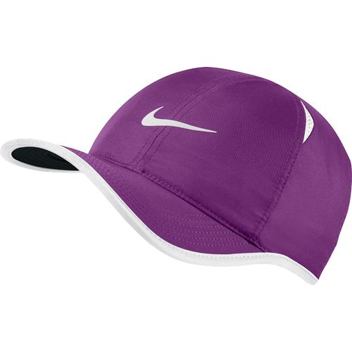 Display product reviews for Nike Adults' Featherlight Cap