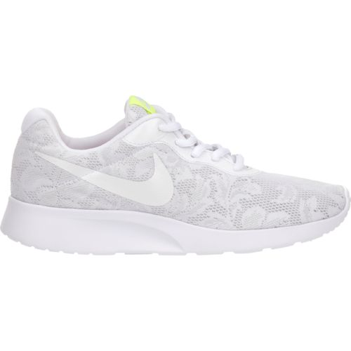 Display product reviews for Nike Women's Tanjun ENG Running Shoes