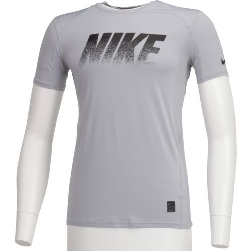Display product reviews for Nike Men's Pro Short Sleeve T-shirt