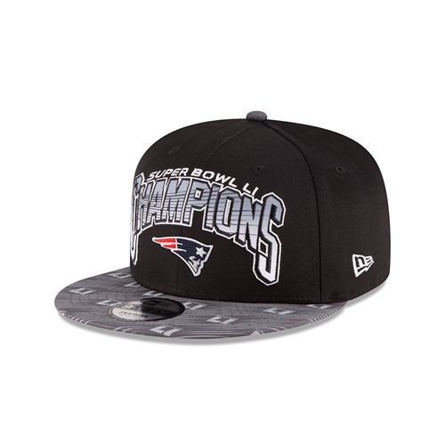 New Era Men's New England Patriots 9FIFTY Super Bowl LI Champions 2T Snap Cap