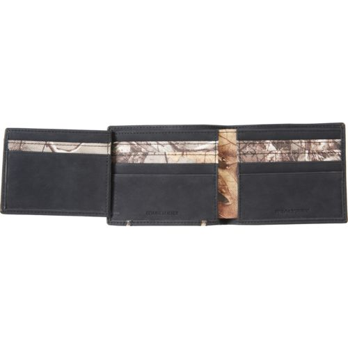 Realtree Men's Stitched Passcase Wallet - view number 1