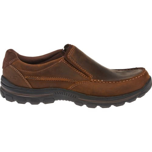 Display product reviews for SKECHERS Men's Braver Rayland Casual Shoes