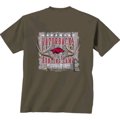 New World Graphics Men's University of Arkansas Hunting Camp T-shirt