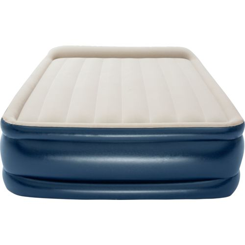 Magellan Outdoors TriTech 22 in Raised Queen Airbed with Pump - view number 3