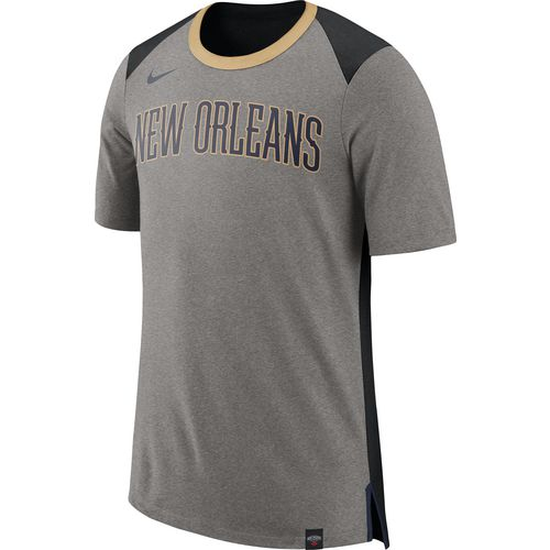Nike Men's New Orleans Pelicans Basketball Fan T-shirt