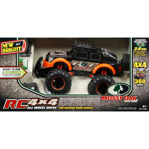 New Bright Mossy Oak 4x4 R/C Truck - view number 2