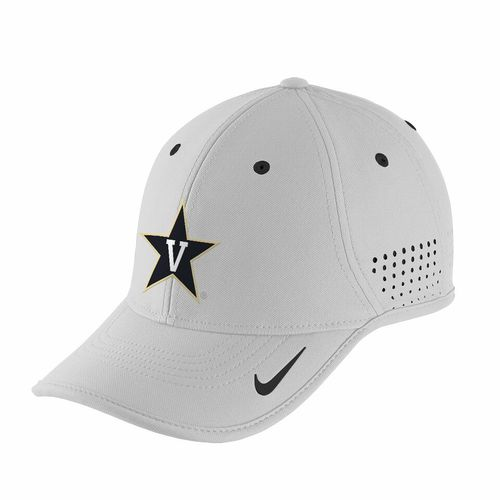 Commodores Hats