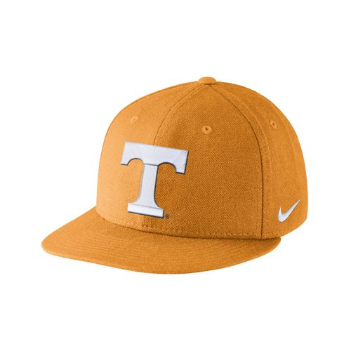 Nike Men's University of Tennessee Players True Snapback
