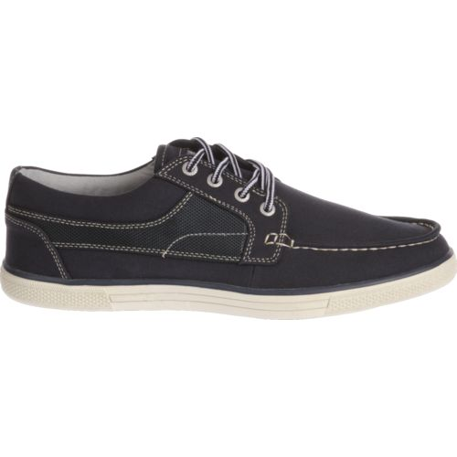 Display product reviews for Magellan Outdoors Men's Everett Casual Shoes