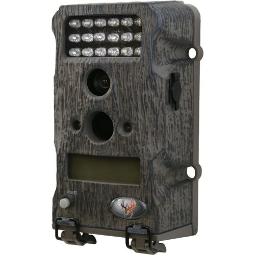 Wildgame Innovations Crush X 7 with Lee & Tiffany 7.0 MP Scouting Camera