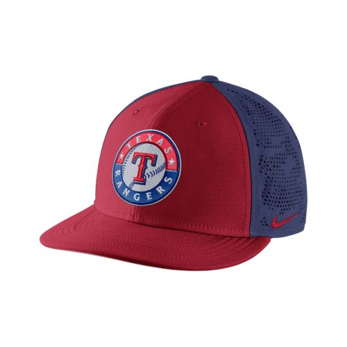 Nike™ Adults' Texas Rangers True Vapor Swoosh Flex Cap