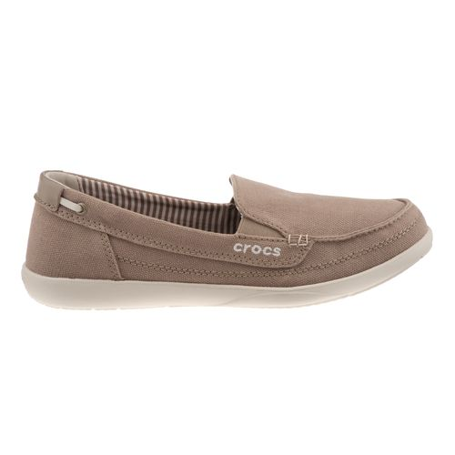 Crocs  Women s Walu Loafers