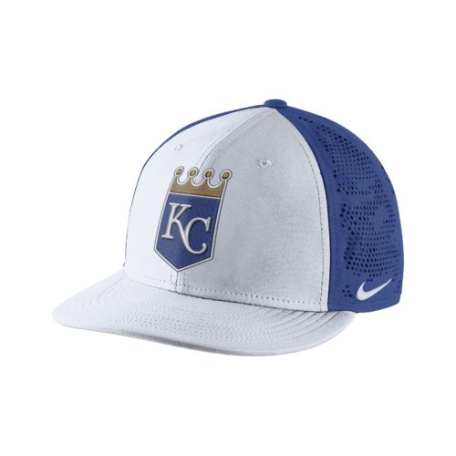 Nike Adults' Kansas City Royals True Vapor Swoosh Flex Cap