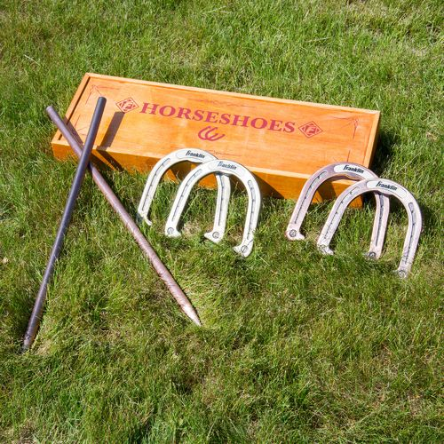 Franklin Vintage Horseshoes Set - view number 4