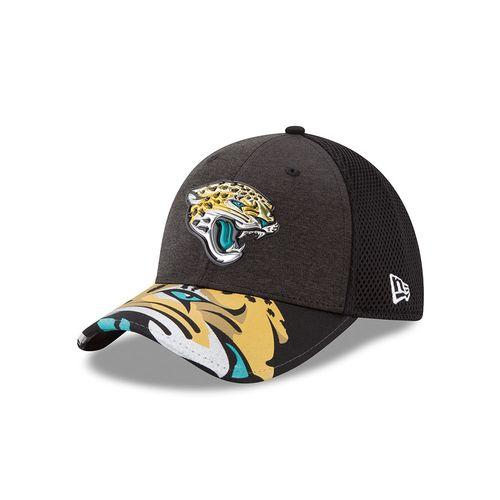 New Era Men's Jacksonville Jaguars 39THIRTY NFL17 On Stage Cap - view number 1