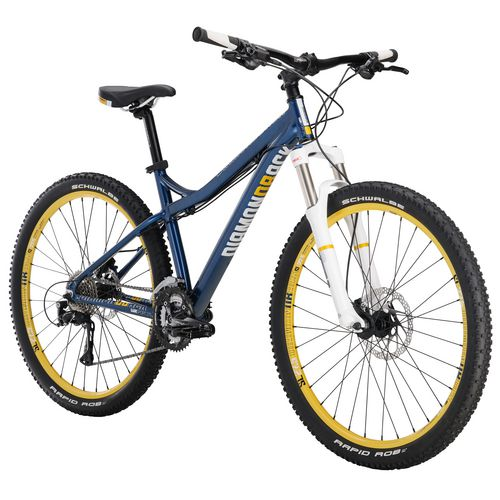 Diamondback Women's Lux Sport 27.5' 27-Speed Trail Mountain Bike