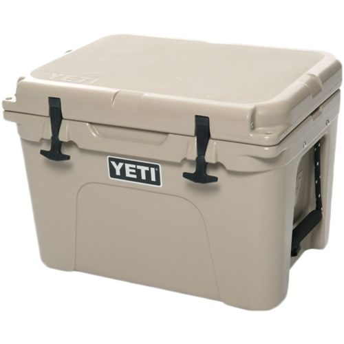 Display product reviews for YETI Tundra 35 qt Cooler