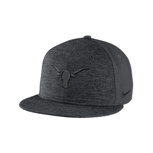 Nike™ Men's University of Texas New Day True Cap