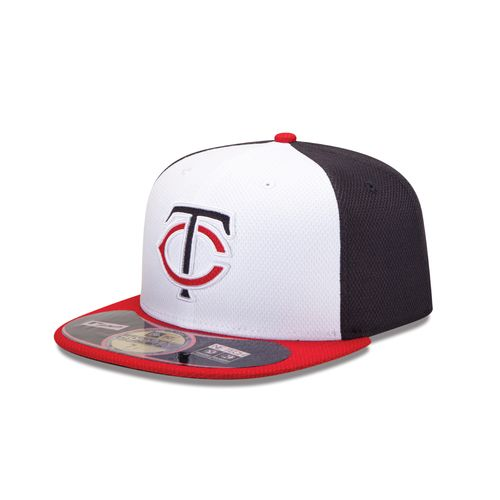 New Era Men's Minnesota Twins 2015 Home Diamond Era Cap - view number 1