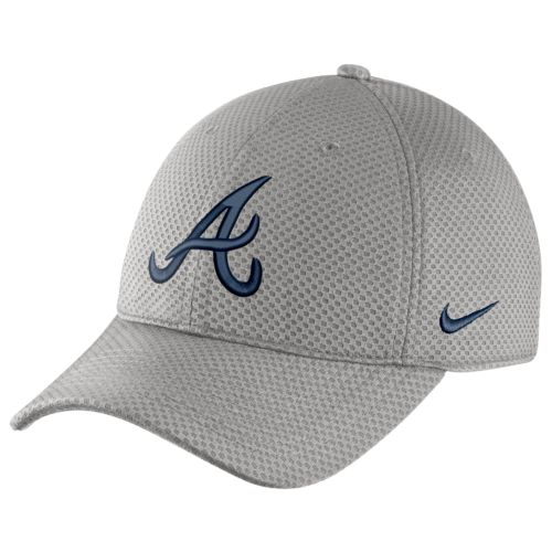 Nike™ Men's Atlanta Braves Dri-FIT Mesh Logo Cap