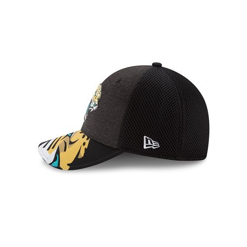New Era Men's Jacksonville Jaguars 39THIRTY NFL17 On Stage Cap - view number 4